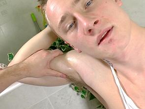 Handjob in the bath